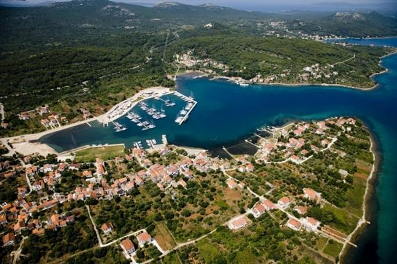 Olive Island Marina