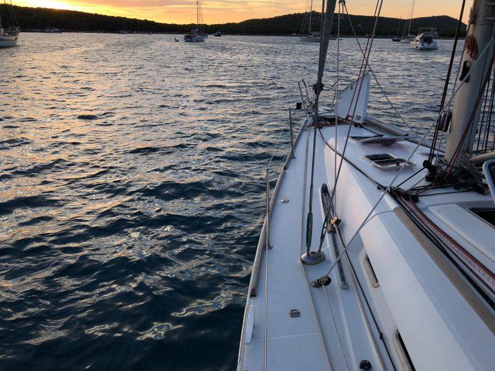 Worauf beim Chartern eines Schiffes zu achten ist