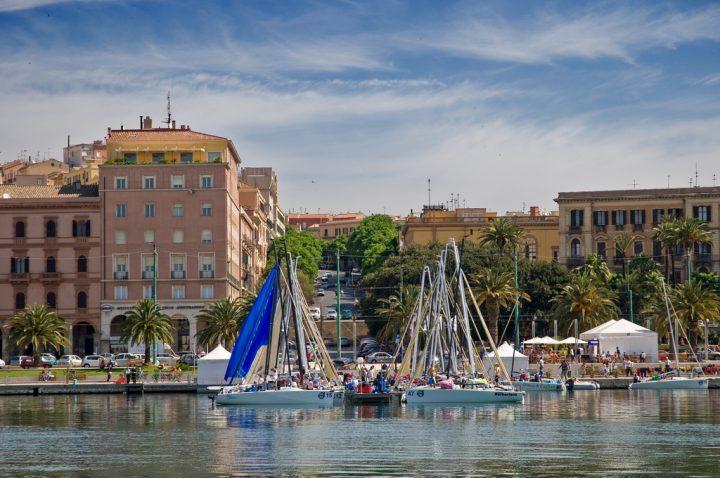 Stützpunktmarina Sardinien