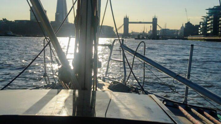 Ankunft an der Tower Bridge
