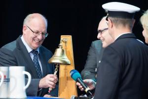 Ministerpräsident Erwin Sellering und Oberbürgermeister Roland Methling eröffneten die 24. Hanse Sail Rostock. Foto: Lutz Zimmermann