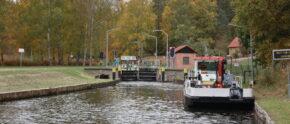 Dem Tourismus auf den Wasserstraßen droht der Kollaps. Der ADAC Berlin-Brandenburg fordert eine umfassende Bestanderhebung und einen eigenen Posten für Nebenwasserstraßen im Bundeshaushalt.