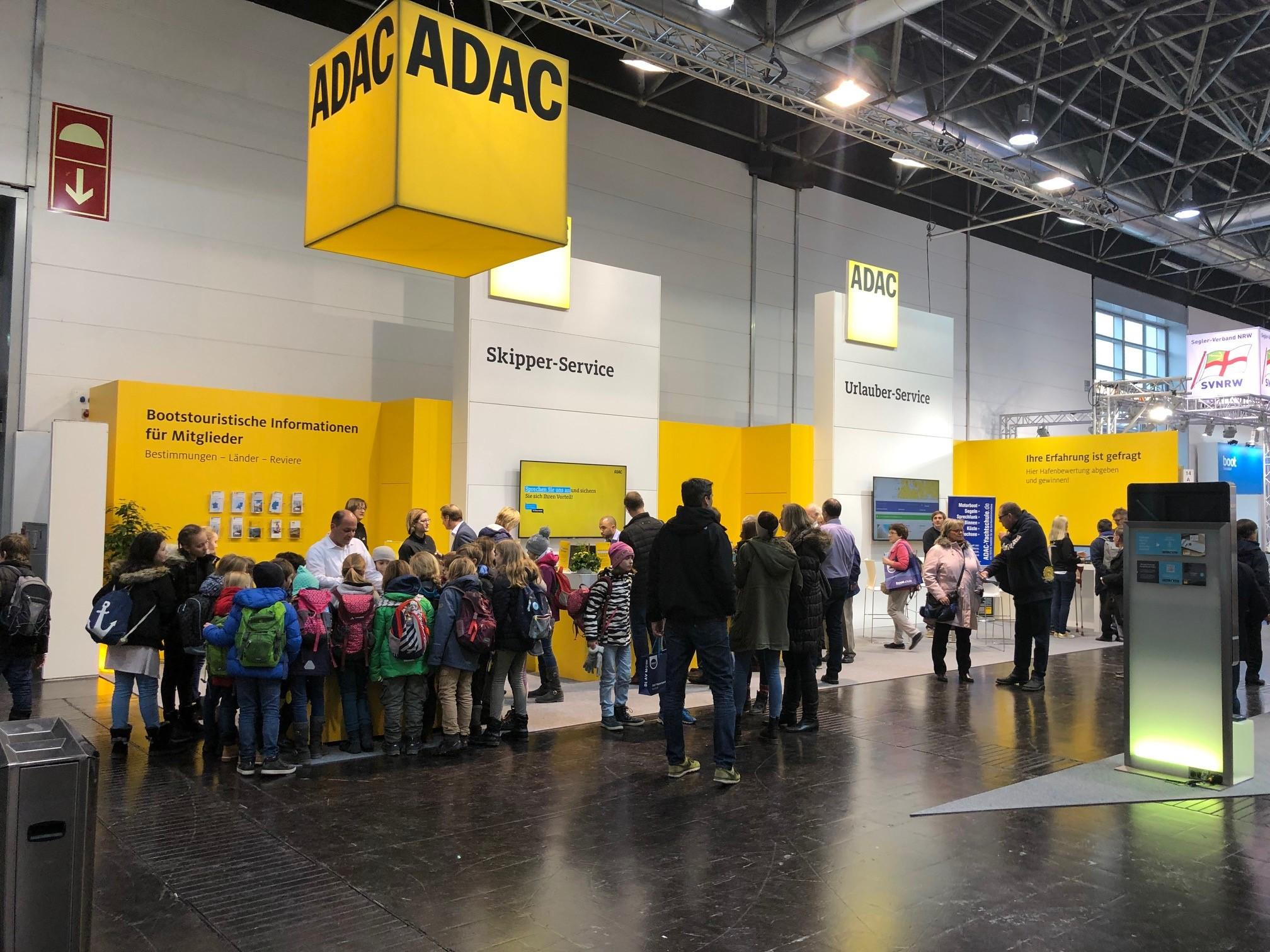 Der ADAC Stad auf der 50. boot in Düsseldorf.